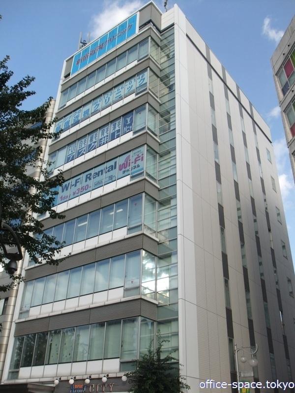 TWG新宿(西武新宿駅前)